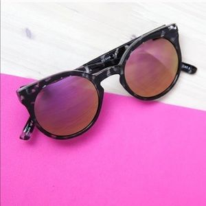 Quay Kosha Sunglasses with Pink Mirror Lenses